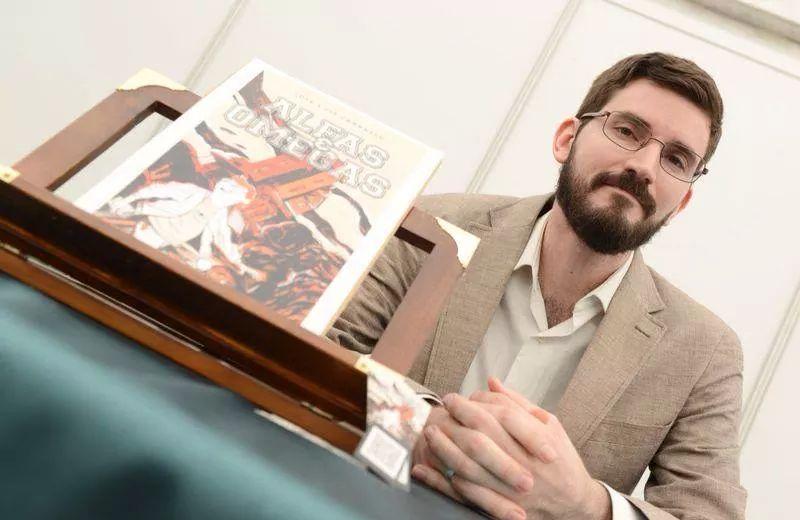José Luis Carrasco en la presentación de Alfas y Omegas.
